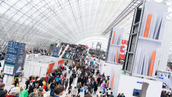 expo-exhibition-tradeshow-trade-fair-marketing-graphic-design-ideapro