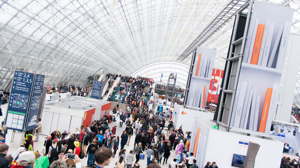Marketing Exhibition Stand Goals : Exhibition stand trade show marketing tips